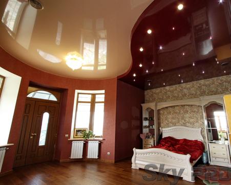 Многоуровневые натяжные потолки в спальне фото